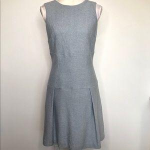 Ann Taylor Sleeveless Sheath Dress Size 6
